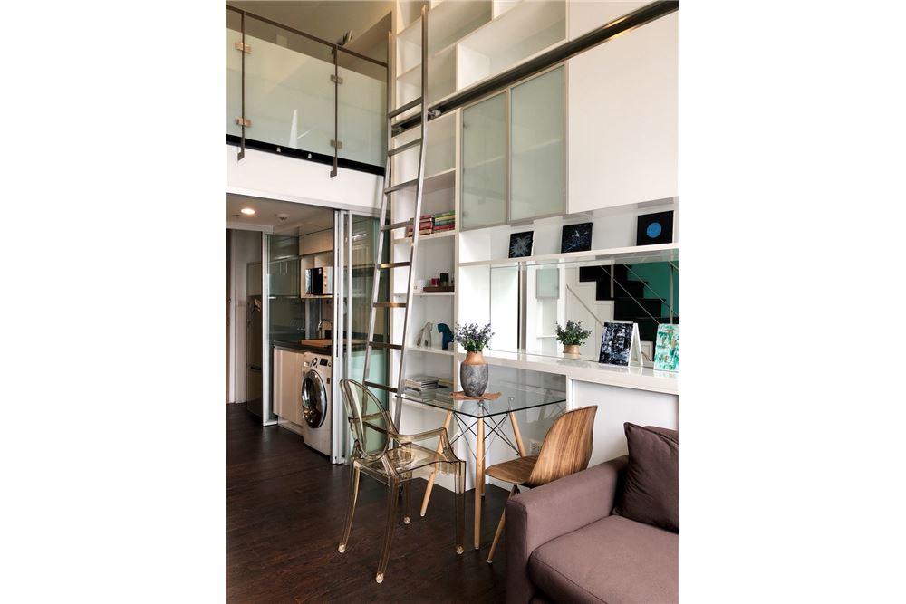 RE/MAX Executive Homes Agency's Stylish 1 Bedroom Duplex for Rent Ashton Morph 38 8