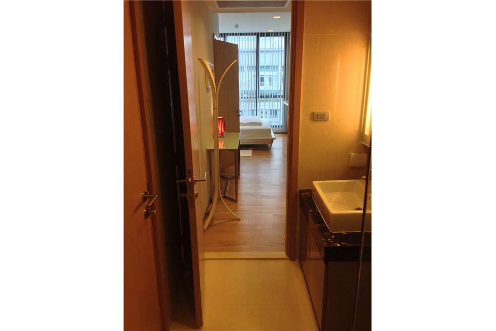RE/MAX Properties Agency's RENT Hyde Sukhumvit 13 1BED 50SQM. 13