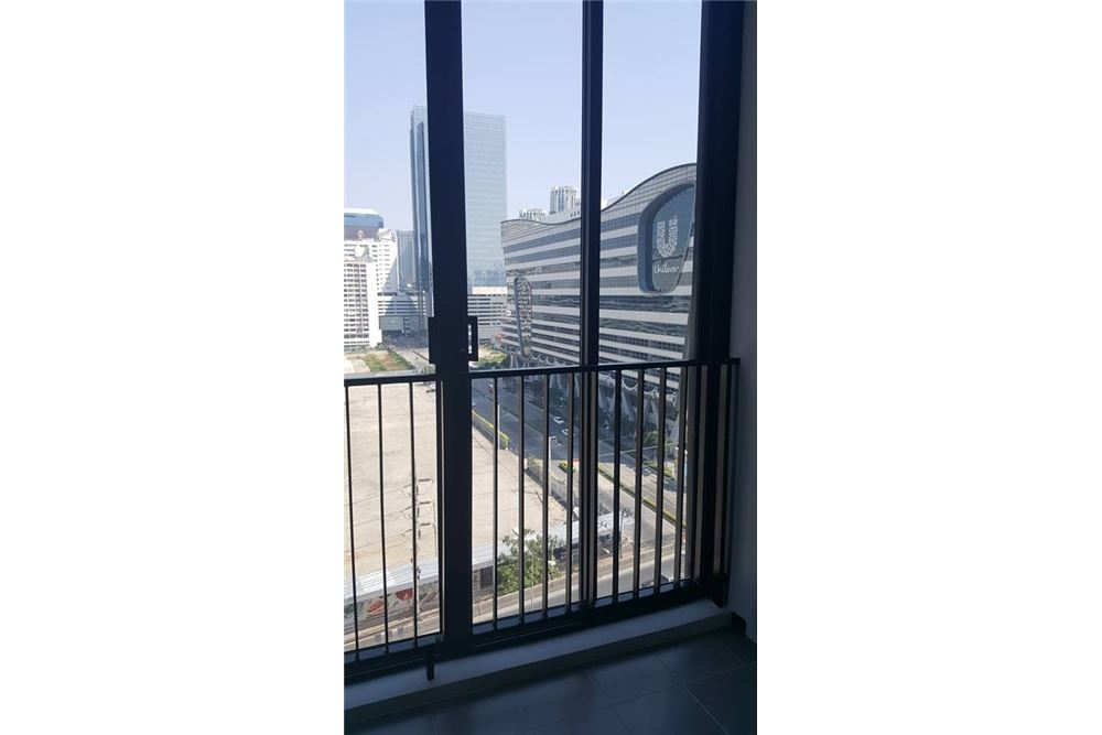 RE/MAX Properties Agency's RENT Condolette Midst Rama 9 1BED 36SQM. 3