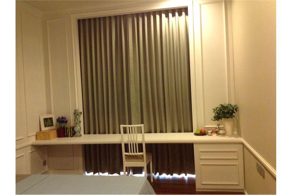RE/MAX Executive Homes Agency's Nice 2 Bedroom for Rent Quattro Thonglor 3