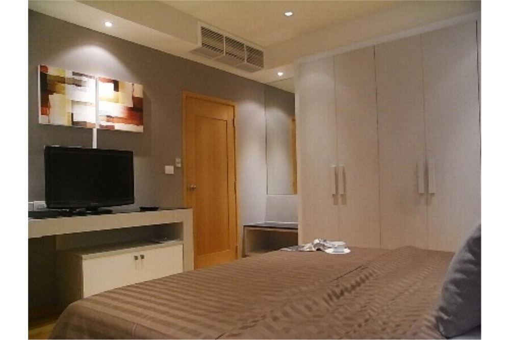 RE/MAX Properties Agency's FOR RENT The Emporio Place 1BED 65.35SQM 12