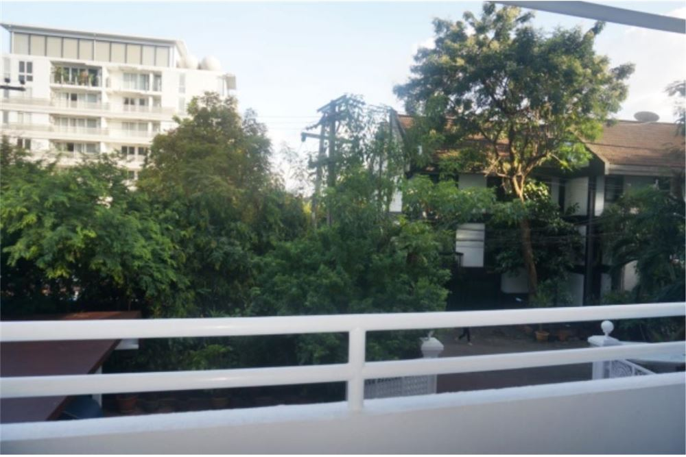 RE/MAX Properties Agency's FOR RENT   THE GARDEN PLACE THONGLOR  2BED 180SQM 10