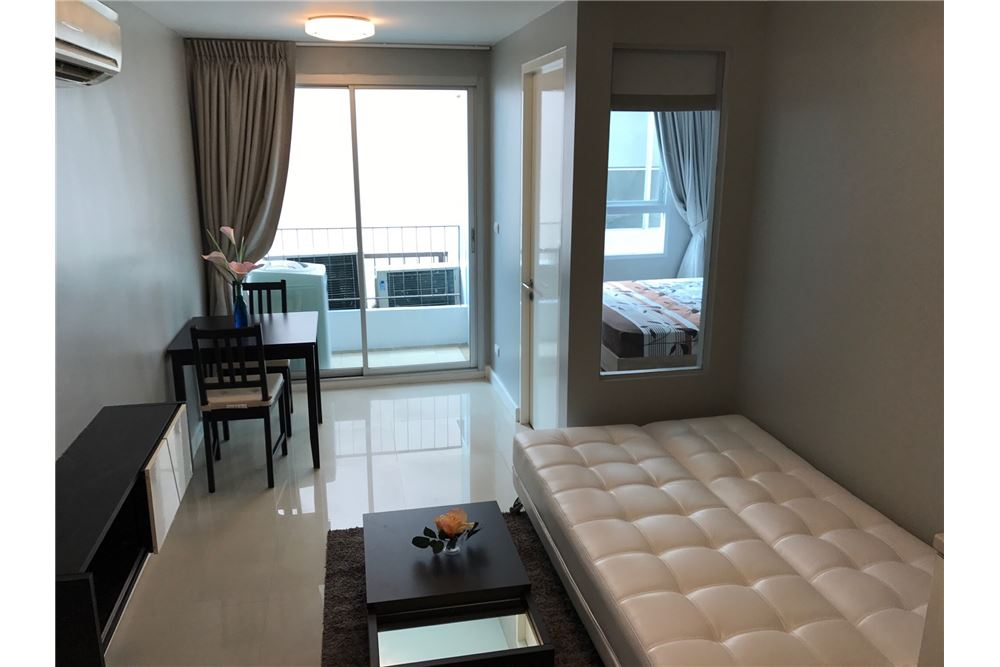 RE/MAX Executive Homes Agency's Cozy 1 Bedroom for Rent Clover Thonglor 3