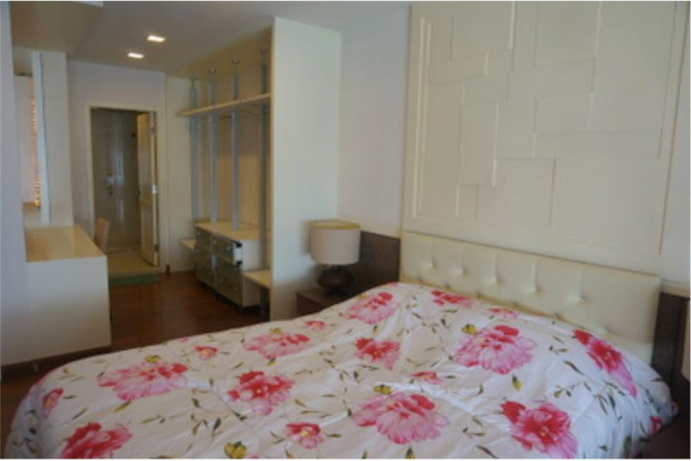 RE/MAX Properties Agency's FOR RENT  LE  RAFFINE SUKHUMVIT 24   2BED 370SQM 16