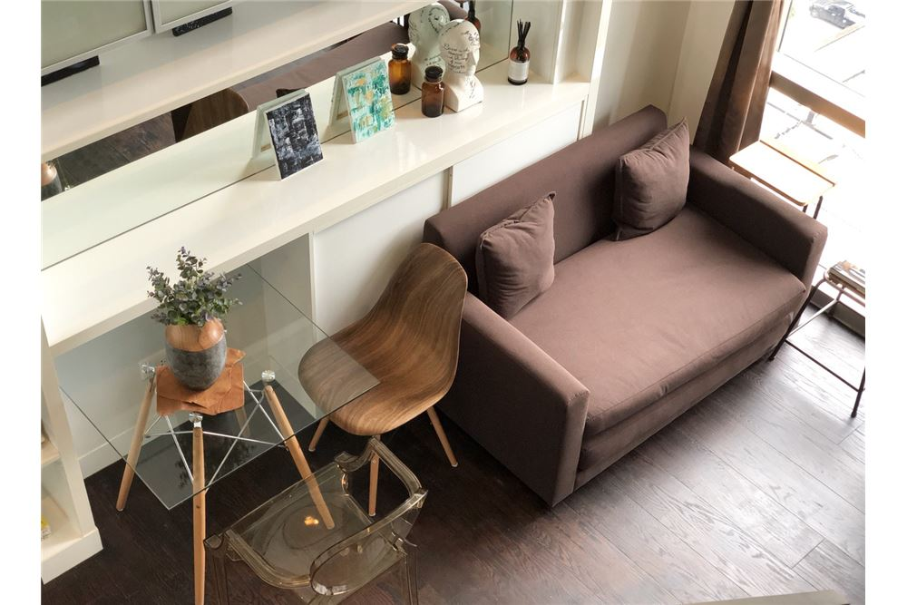RE/MAX Executive Homes Agency's Stylish 1 Bedroom Duplex for Rent Ashton Morph 38 2