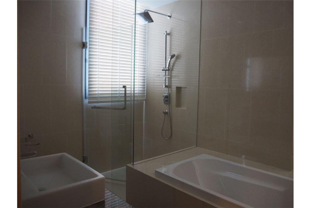 RE/MAX Properties Agency's Hyde Sukhumvit 11 2bedroom for rent 7