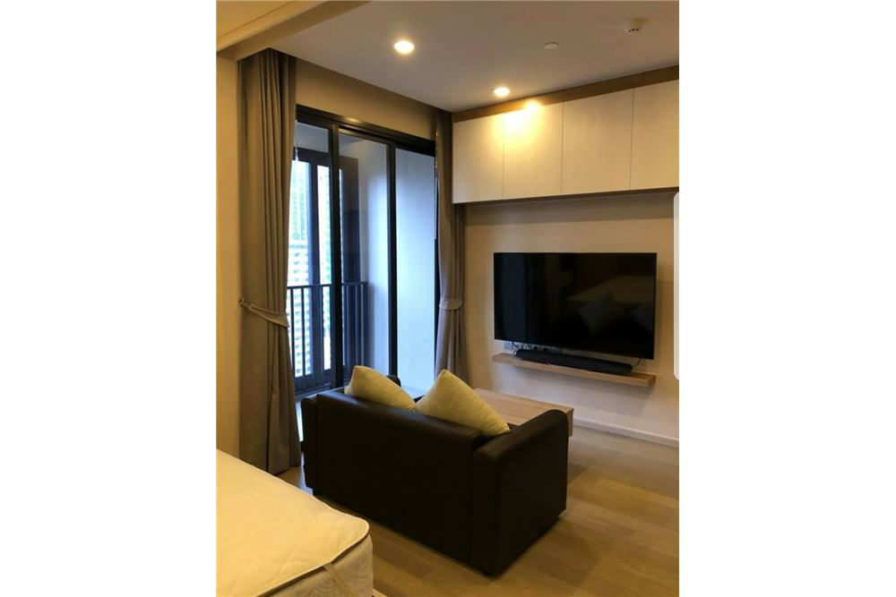 RE/MAX Executive Homes Agency's Nice 1 Bedroom for Rent Ashton Asoke 2