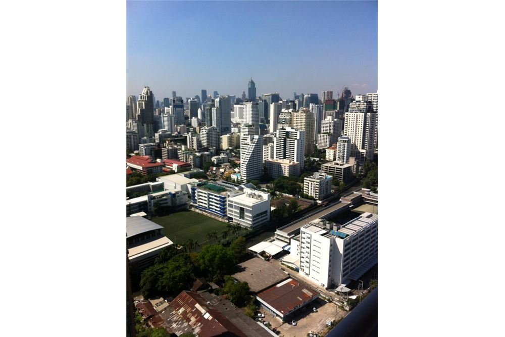 RE/MAX Properties Agency's FOR RENT THE ADDRESS ASOKE  1BED 46 SQM 17