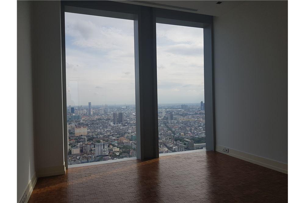 RE/MAX Properties Agency's RENT The Ritz-Carlton Residences at MahaNakhon 9