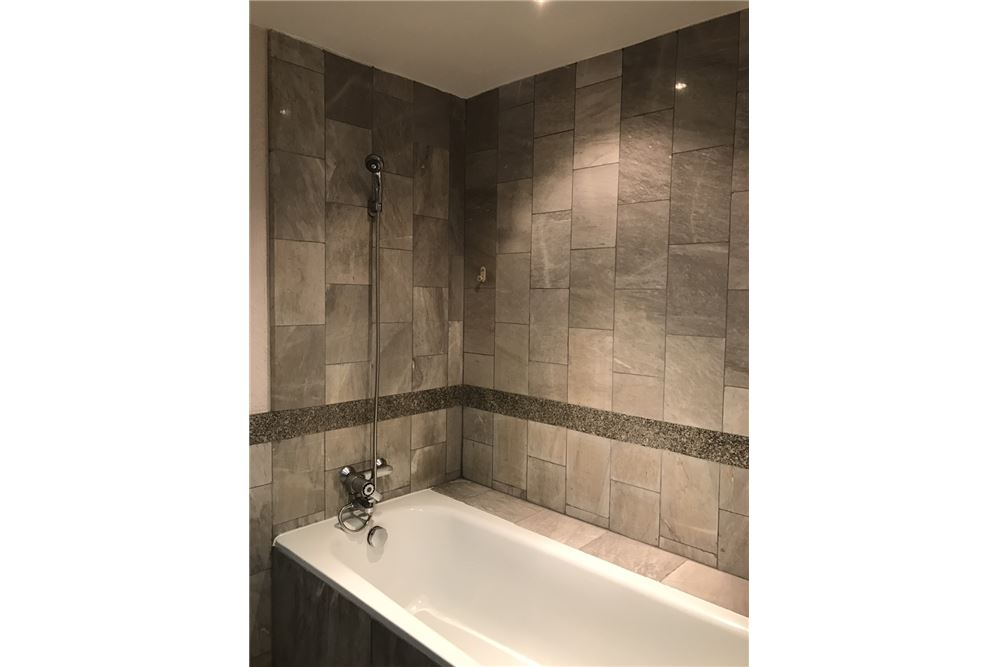 RE/MAX Executive Homes Agency's Las colinas asoke / 2 Bed  2 Bath / For Rent 8