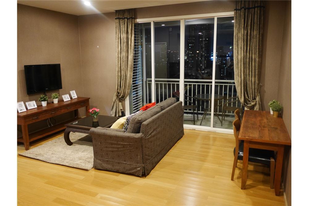 RE/MAX Properties Agency's 2 Beds for rent @ 39 by Sansiri 1