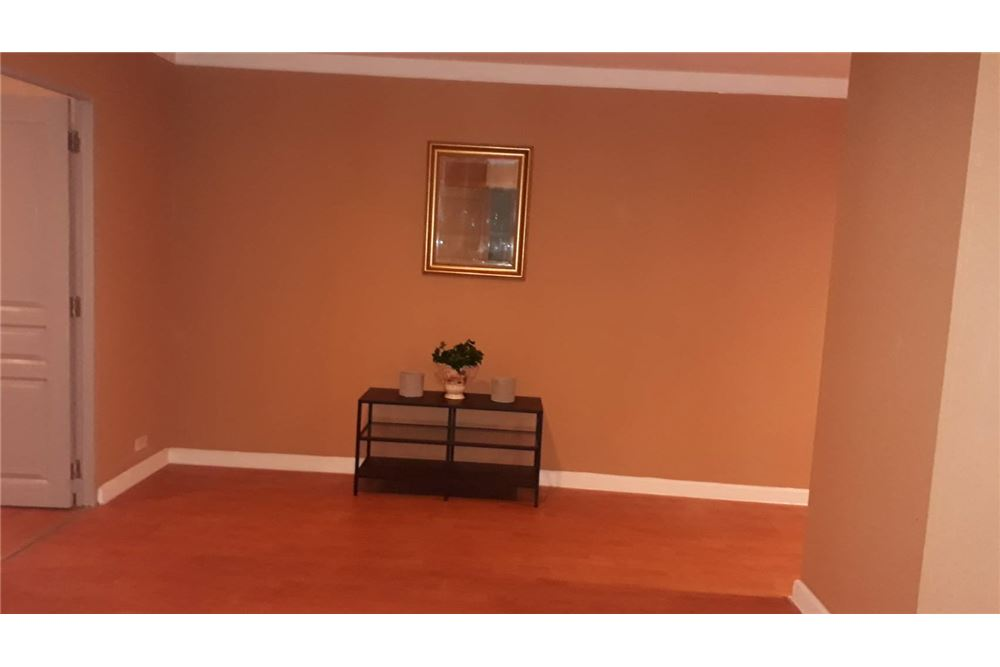RE/MAX Executive Homes Agency's Cozy 2 Bedroom for Rent Waterford Diamond 9