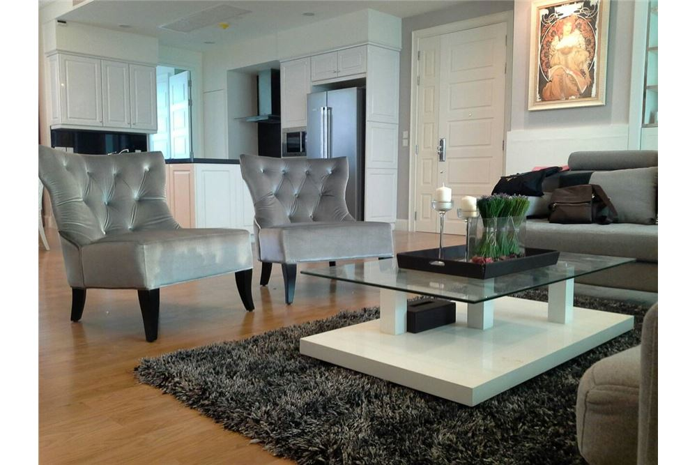RE/MAX Executive Homes Agency's Royce Private Residence 4Bedrooms for Rent 3