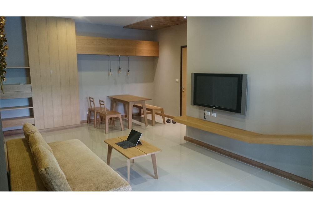 RE/MAX Executive Homes Agency's Supalai Park Ekkamai-Thonglor 2