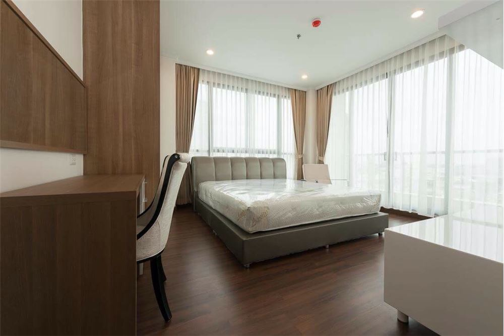 RE/MAX Executive Homes Agency's Lovely 2 Bedroom for Rent Supalai Elite Sathorn 3