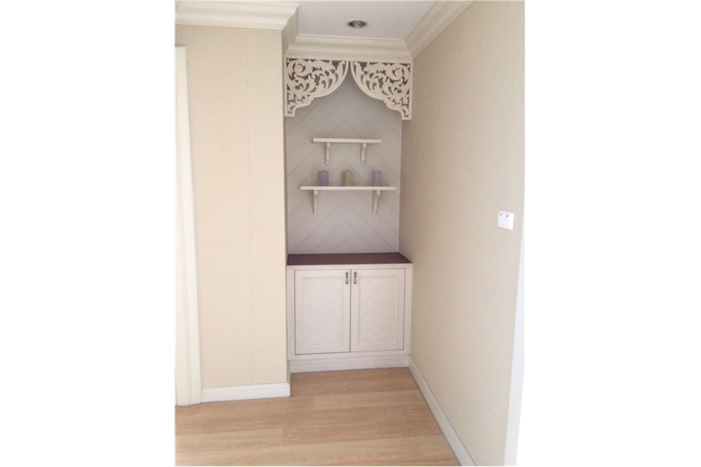 RE/MAX Properties Agency's New Renovated 2 bed for sale 8.5 MB. 120 sq.m., 13