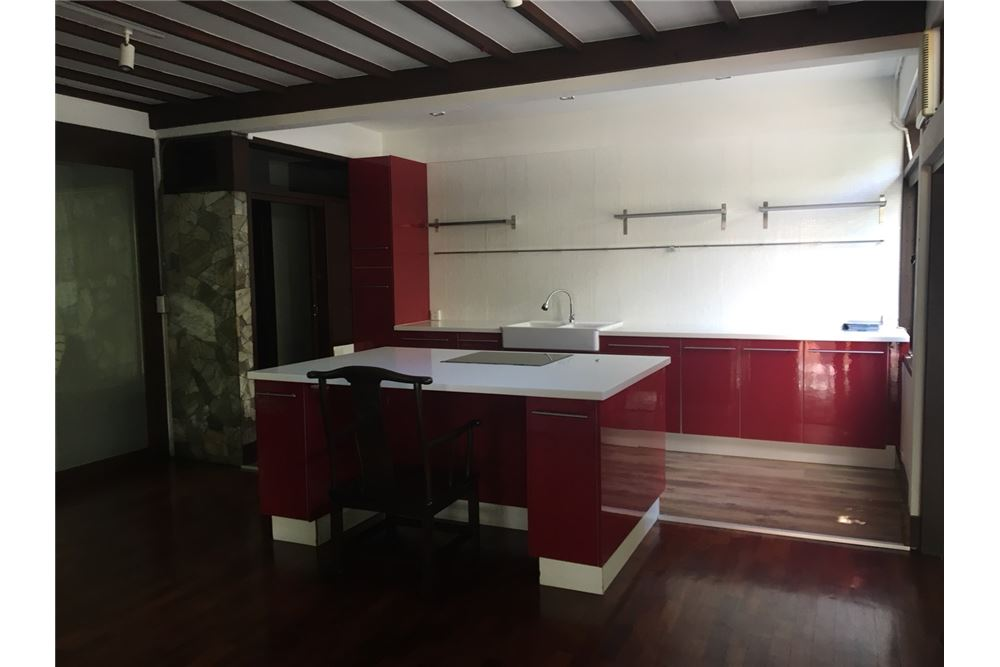 RE/MAX Executive Homes Agency's Spacious 2 Bedroom House for Rent  in Phrom Phong 3