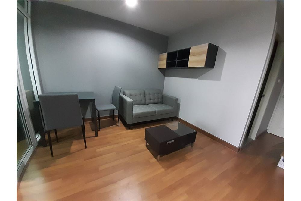 RE/MAX Executive Homes Agency's Brand new room available for rent 2