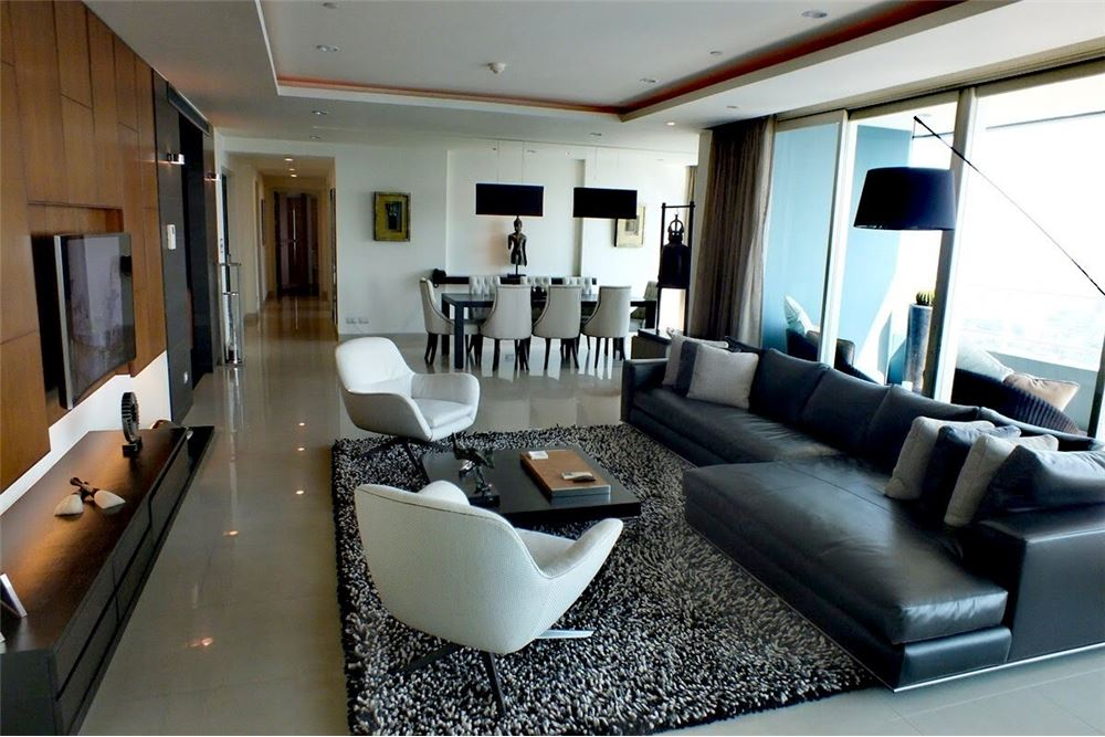 RE/MAX Properties Agency's For Sale Watermark Chaophraya | 4 bedrooms 2