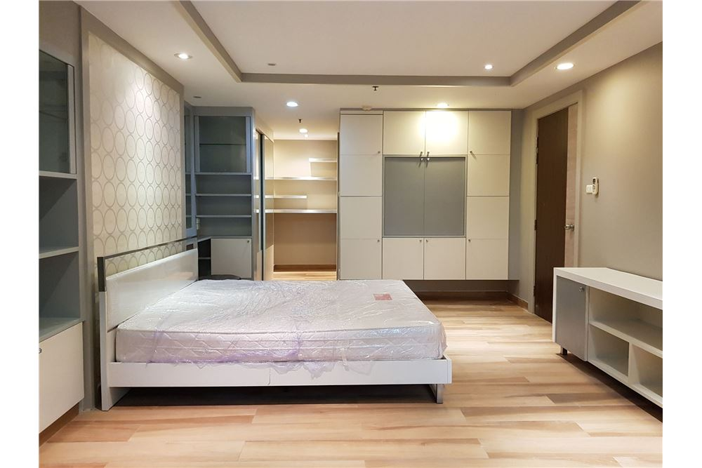 RE/MAX Properties Agency's RENT Trendy Condo 2BED 84.22SQM. 10