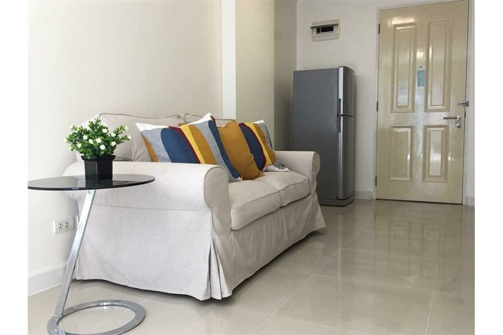 RE/MAX Properties Agency's RENT The Clover  Soi Thonglor 18 1BED 40SQM. 3