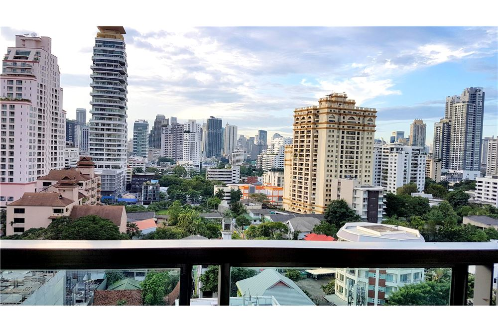 RE/MAX Executive Homes Agency's For Rent Near BTS Phrom Phong 1
