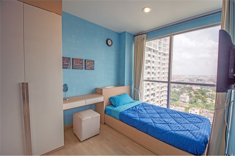RE/MAX Properties Agency's 2 Beds for rent at Rhythm Ratchada 7