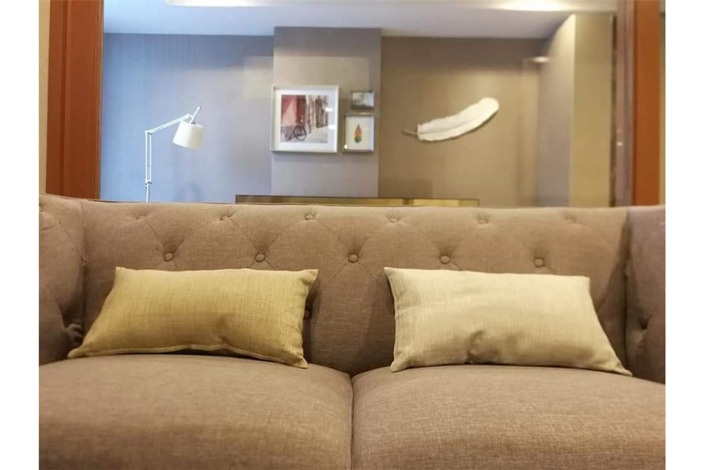 RE/MAX Executive Homes Agency's Spacious 1 Bedroom for Rent Lumpini 24 3