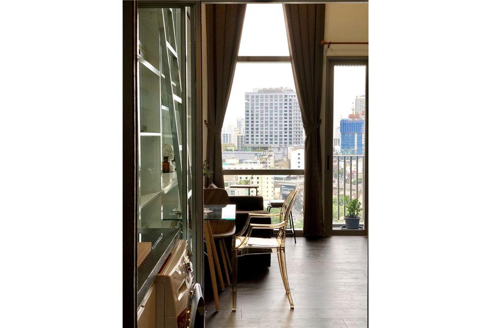RE/MAX Executive Homes Agency's Stylish 1 Bedroom Duplex for Rent Ashton Morph 38 10