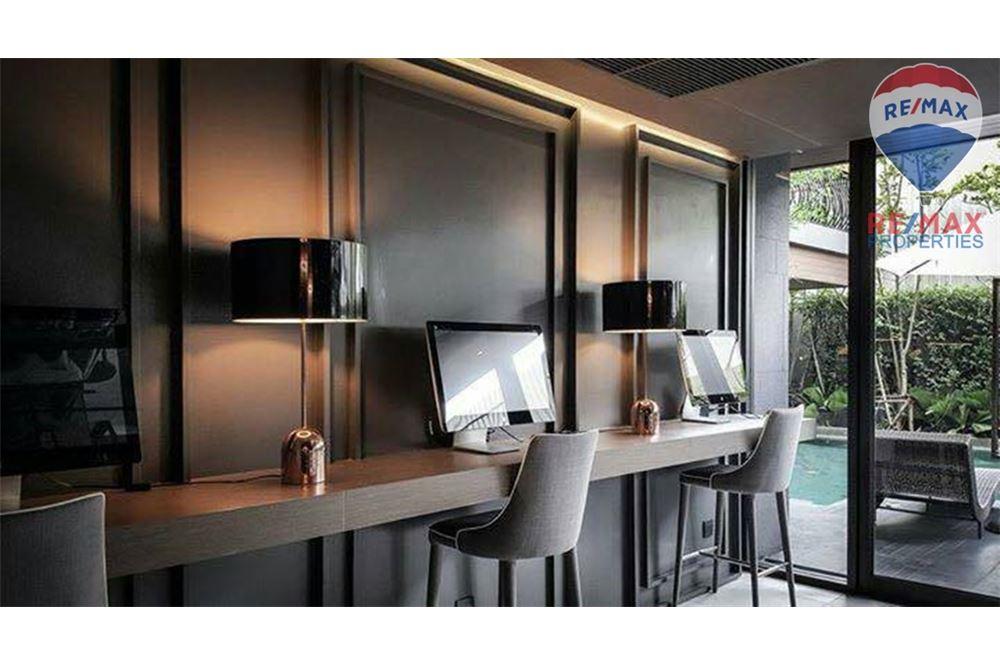RE/MAX Properties Agency's SALE KLASS LANGSUAN 2 BEDS 72.1 SQM 11