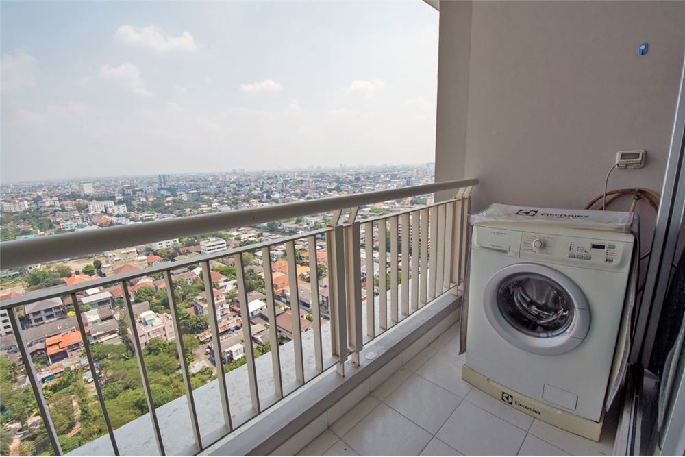 RE/MAX Properties Agency's 2 Beds for rent at Rhythm Ratchada 15