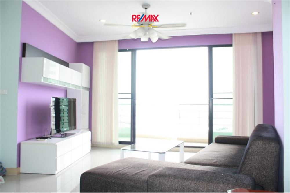 RE/MAX Executive Homes Agency's 2 Bedroom for Rent and Sale Supalai Casa Riva 11