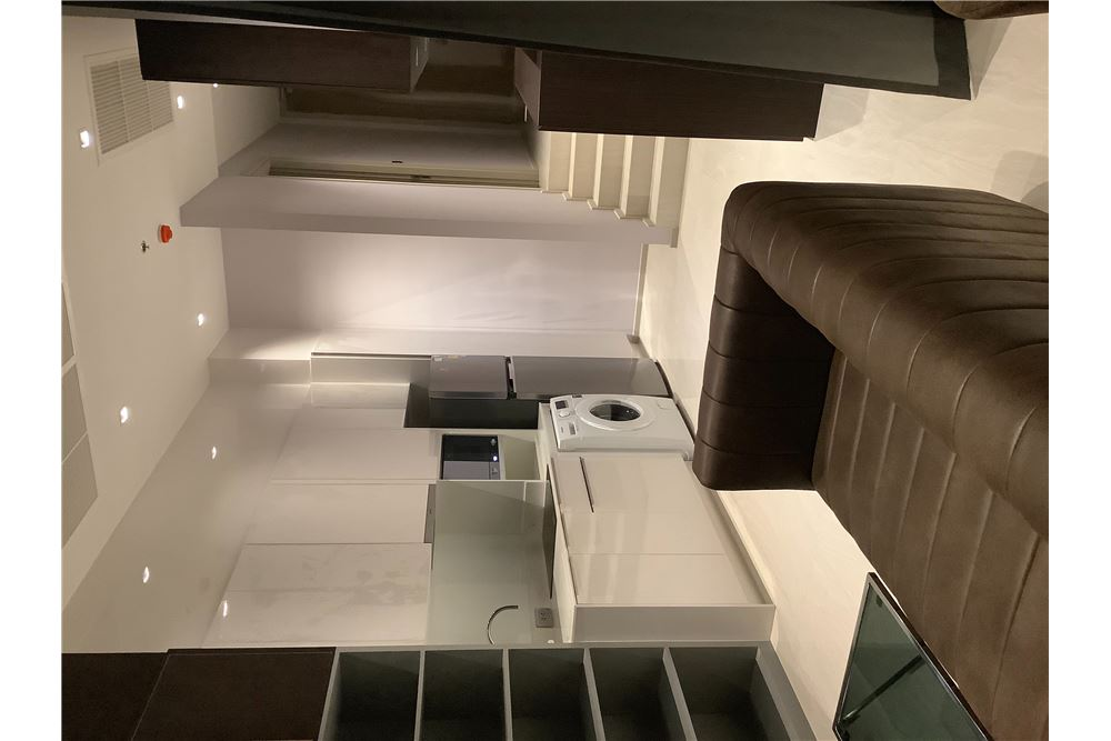 RE/MAX Properties Agency's For Rent | Ashton Silom | 2 bedrooms 8