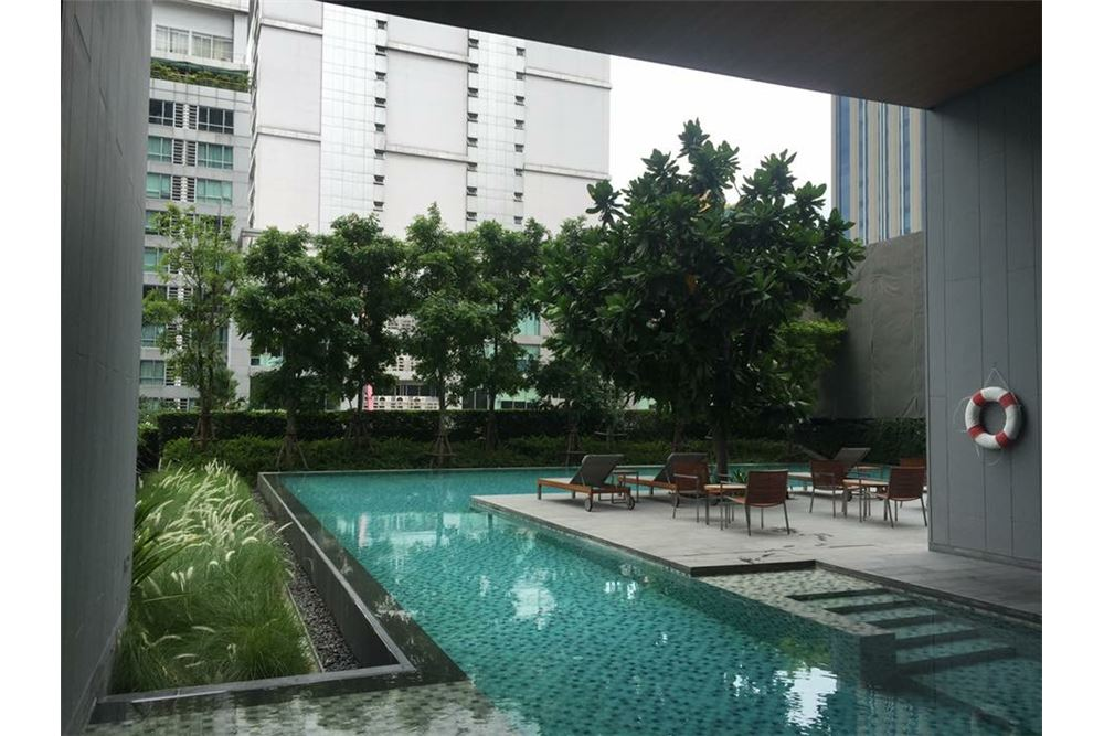 RE/MAX Executive Homes Agency's Nice 1 Bedroom for Rent Hyde Sukhumvit 4