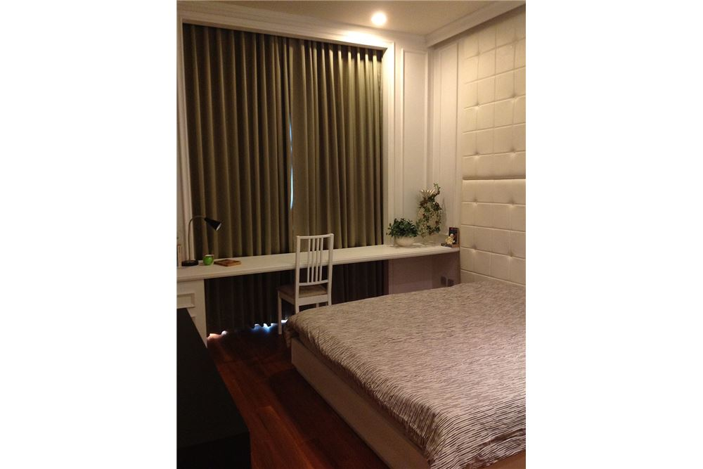 RE/MAX Executive Homes Agency's Nice 2 Bedroom for Rent Quattro Thonglor 1