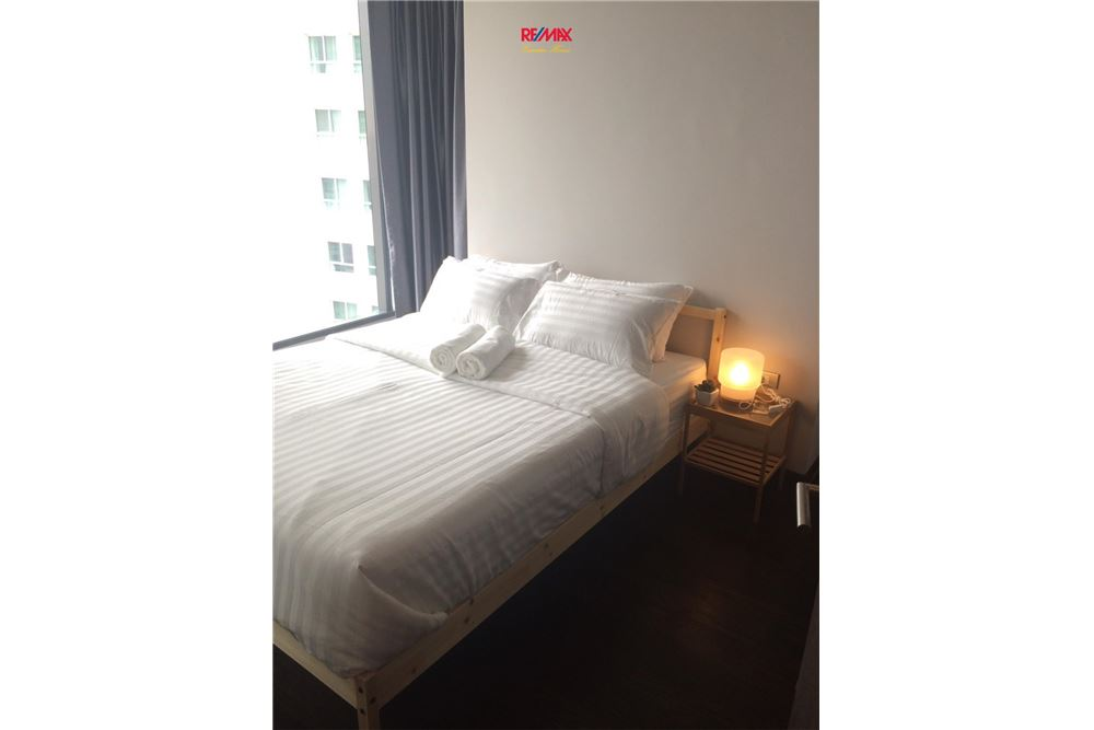 RE/MAX Executive Homes Agency's 1 BEDROOM / FOR SALE / LUMPINI SUKHUMVIT 24 5