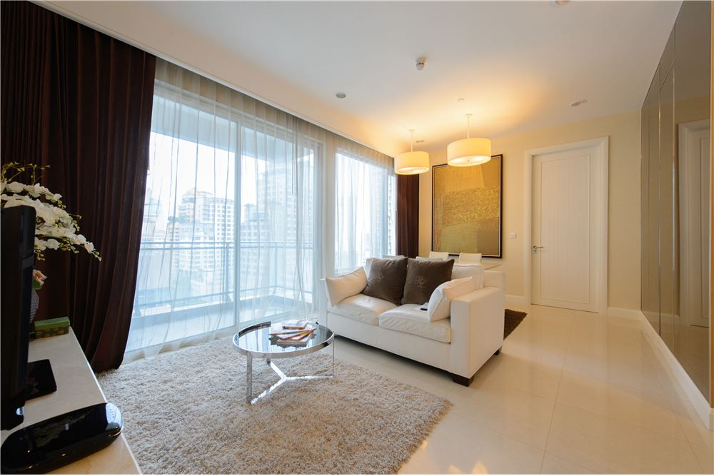 RE/MAX Executive Homes Agency's Beautiful 2 Bedroom for Rent Q Langsuan 1