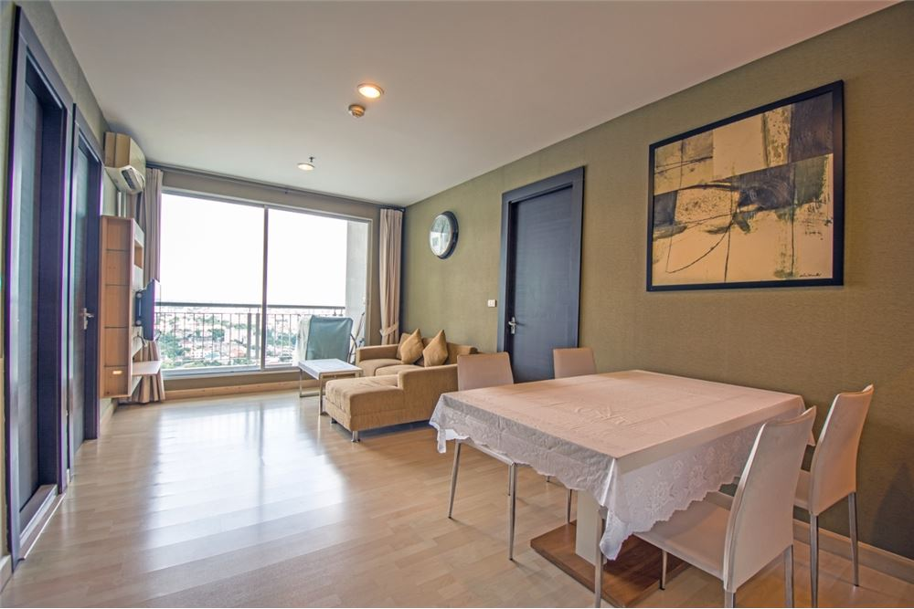 RE/MAX Properties Agency's 2 Beds for rent at Rhythm Ratchada 4