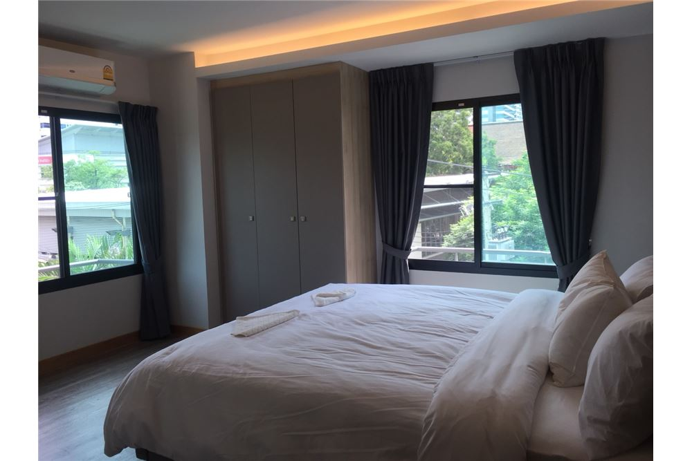 RE/MAX Executive Homes Agency's Room For Rent 2beds Sukhumvit 23, MRT, BTS,Asoke 1