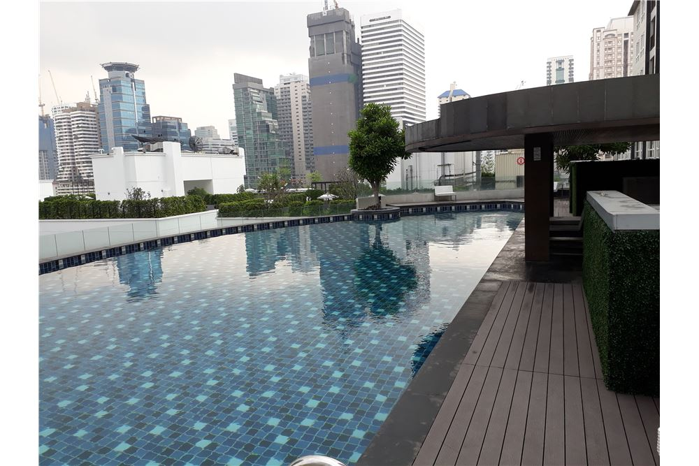 RE/MAX Properties Agency's RENT 15 SUKHUMVIT RESIDENCE 2 BEDS 90 SQM 3