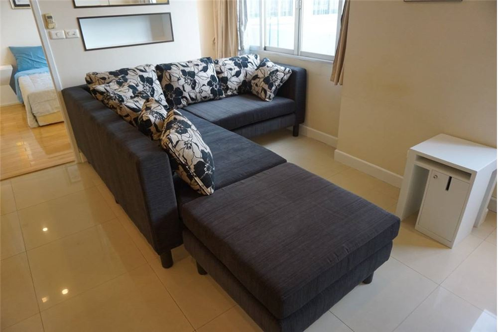 RE/MAX Executive Homes Agency's Spacious 1 Bedroom for Rent Witthayu Complex 1