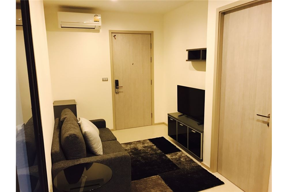 RE/MAX Executive Homes Agency's Rhythm Sukhumvit 36-38 / 1 Bed / For Rent 5