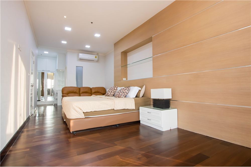 RE/MAX Properties Agency's RENT Water Ford Diamond Sukhumvit 30 3BED 120SQM. 6