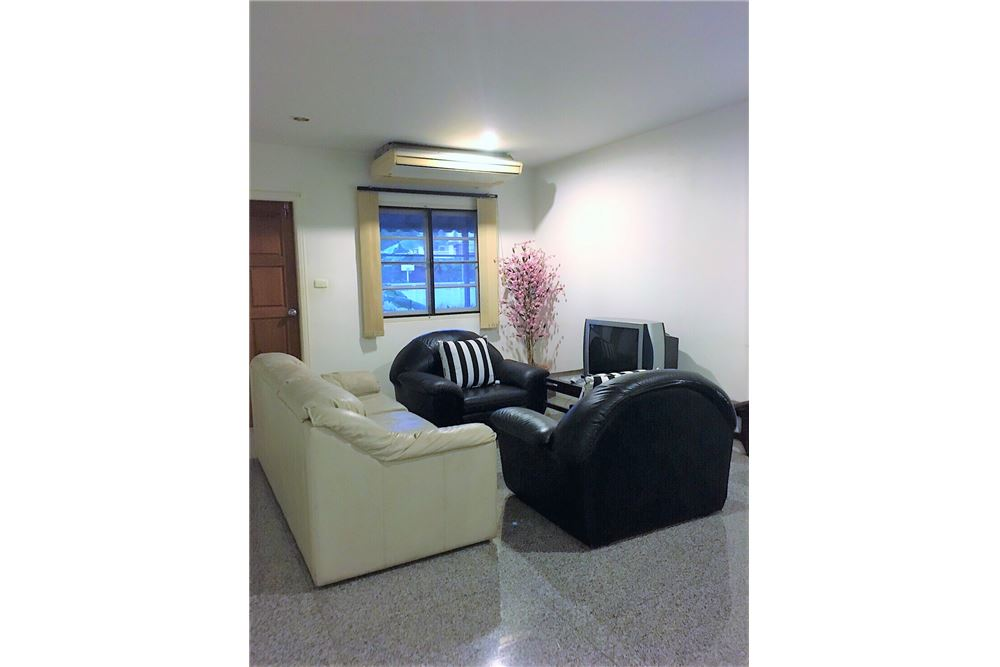 RE/MAX Executive Homes Agency's Single House 4 Beds For Rent in Sukhumvit Soi101 3