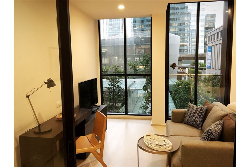 RE/MAX Properties Agency's RENT Noble ploenchit 1BED 47SQM. 1