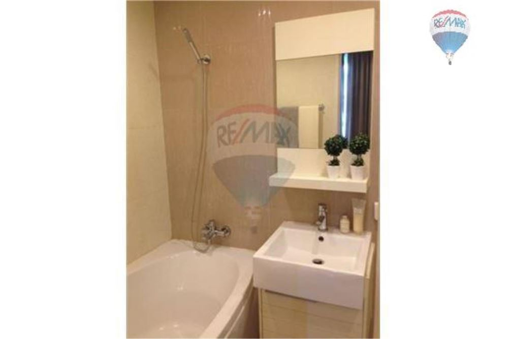 RE/MAX Properties Agency's FOR RENT  BAAN SIRI 31  1 BED 55SQM 11