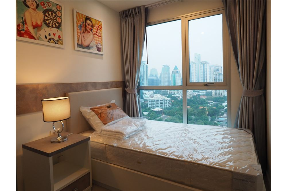 RE/MAX Executive Homes Agency's Nice 2 Bedroom for Rent Rhythm Sathorn Narathiwas 3