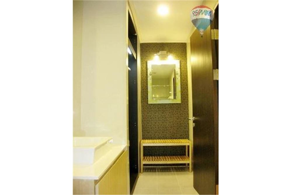 RE/MAX Properties Agency's FOR SALE  THE ALCOVE THONGLOR 10  1BED 40.45SQM 13