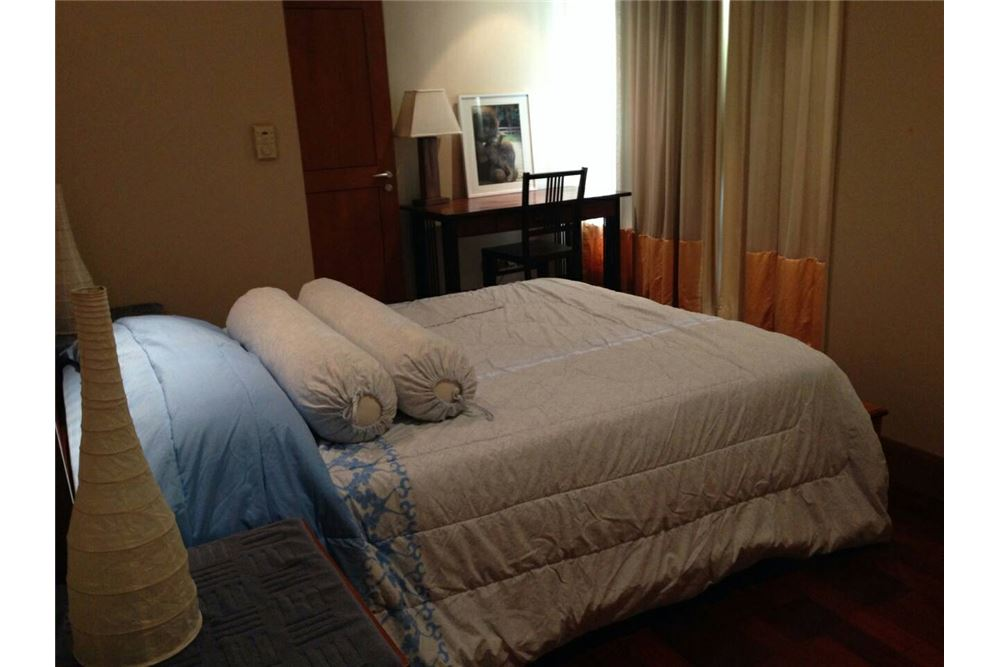 RE/MAX Executive Homes Agency's Lovely 2 Bedroom for Rent Sky Villas Sathorn 2