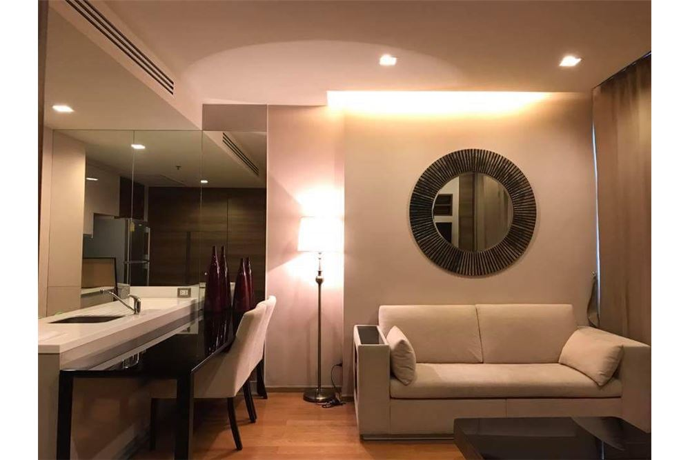 RE/MAX Executive Homes Agency's Nice 1 Bedroom for Sale with Tenant Address Sathon 2